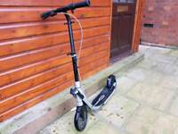 Oxelo Town 9 Easy fold adult kick scooter