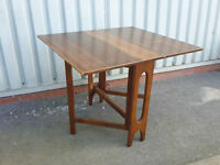 Used foldable table