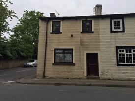 House To Let 2 Bedroom Cottage Superb Condition Fitted Kitchen Large Bathroom (Downstairs)