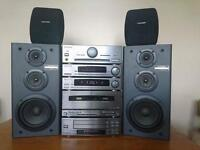 Pioneer A-P510 hifi system with 4 surround speakers