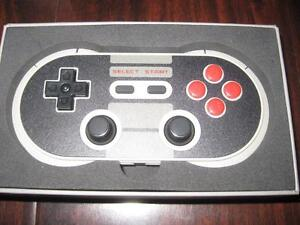 NES30 Pro Bluetooth Game pad Controller for Smart Phone / Tablet / Ipad. Like NEW