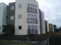 Westcliff on sea large two bed flat