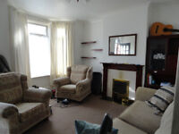 3 Bedroom House to Rent In ILFORD IG1 1RW