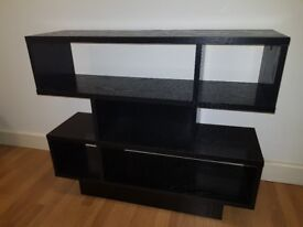 Open Kast (dressoir) (corridor table) (beside)