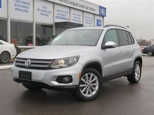 2014 Volkswagen Tiguan 4Motion| Panoramic Sunroof| Heated Leathe