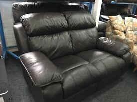 New/Ex Display Black/Brown lazyBoy Leather Recliner 2 Seater