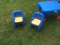 Little Tikes kids table and chair set
