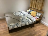 Double Room in Full Refurbishment House. Luton Station