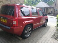 jeep patriot low millage, 4x4 (dont wantbto sell)