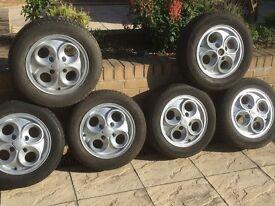 Ford Alloy Wheels (Cloverleaf)