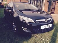 Elite (top of the range) Astra 1.6i VVT AUTO, leather, wired fully with blue tooth parrot device