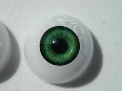 - Realistic Life Size Acrylic Eyes for Halloween PROPS, MASKS, DOLLS (26 mm) FB03