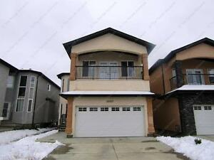 LUXURIOUS 4 BED+ DEN, 3 BATHROOM HOME IN N.W. EDMONTON