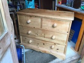 Good quality pine chest of drawers