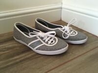 Fred Perry Women Trainers
