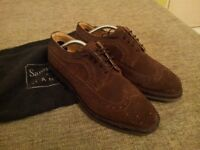 Handmade Samuel Windsor Mens Brown Seude Brogues, Size 9 with Shoe Supports, Shoehorn and Bags.