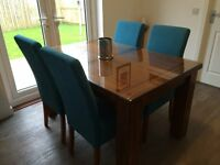 ACACIA WOOD DINING TABLE & 4 CHAIRS (GLASS TOP INCLUDED)