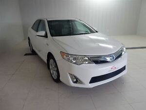 2014 Toyota Camry Hybrid -
