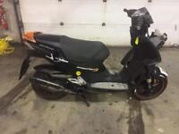 Peugeot speedfight 3 50cc front wheel breaking spare parts availAble 2012