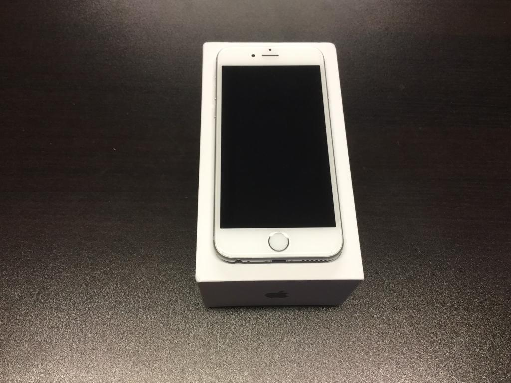 IPhone 6s 16gb unlocked very good condition with warranty and accessories white and silverin Acocks Green, West MidlandsGumtree - IPhone 6s 16gb unlocked very good condition with warranty and accessories white and silver BUY WITH CONFIDENCE FROM A PHONE SHOPFONE SQUAD35 WARWICK ROADSOLIHULLB92 7HSIf using sat Nav only put post code in not door number 0121 707 1234OPEN MONDAY TO...