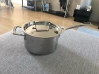 Le creuset stainless steel pan