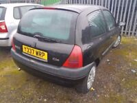 RENAULT CLIO 1.2 RARE LOW MILES ( ANY OLD CAR PX WELCOME ) GOOD CONDITION