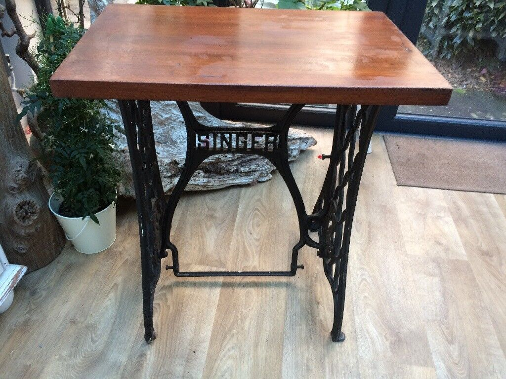 antique singer sewing machine table in gloucestershire. Black Bedroom Furniture Sets. Home Design Ideas