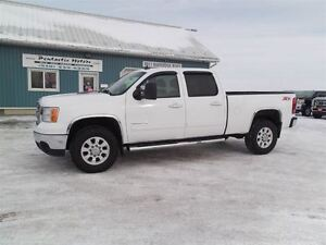 2012 GMC SIERRA 2500HD SLT,DIESEL,CREW,4X4,LEATHER,LOADED!!