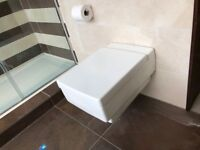 Villeroy & Boch Memento Toilet With Soft Close Seat & Cover