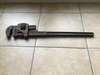 24 inch Record Stillsons Pipe Wrench