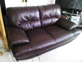 Harvey's 3+2 leather settee in brown