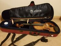 Stentor student 2 4/4 violin and chin rest with case used minimally