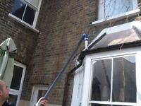 🏠 Professional Gutter Cleaning ✔️ Available In All London Areas!