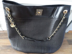 Love Moschino black shoulder tote bag with super quilt chain