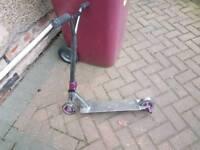 Crisp stunt scooter