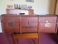 VINTAGE STEAMER CHEST / TRUNK / COFFEE TABLE