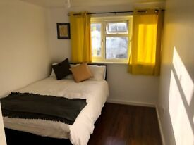 DOUBLE ROOM FOR PROFESSIONALS - BRACKNELL
