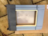 2 x SKY LIGHT PIVOT WINDOWS73x45cm with window flashing £80 for both