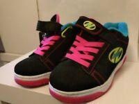 Heeleys - X2 Dual Up Girls black & pink size 1 - £15 ono