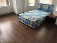Bed rooms with On-Suit, in clouded bills, close to uni, city centre, hospital & all amenities