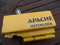 Apache Caravan Hitchlock with padlock and 2 keys