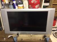 Beko 37 inch flat screen tv television lcd in box good condition