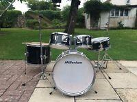 Junior complete drum kit great condition