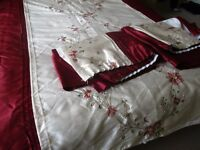 Dunelm Duvet with matching curtains (90 x 72 ins) and pillow slips