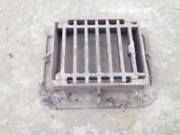 Cast Iron Hinged Gully Drain Grid Cover