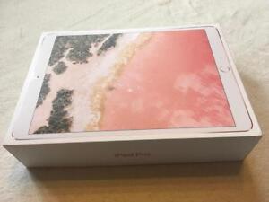 APPLE IPAD PRO 10.5 A10X Fusion Chip, 64 GB, Wi-Fi, Rose/Gold NEW in open box , Neuf la boite ouverte