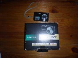 Fujifilm Finepix J37 digital camera