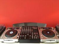 Pair of pioneer CDJ 800 mk2 decks and Numark 5000fx 5 channel mixer