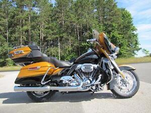 2015 Harley-Davidson® USED FLHTKSE - CVO ELECTRA GLIDE ULTRA LIM
