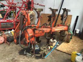 Kverneland 3F reversable plough